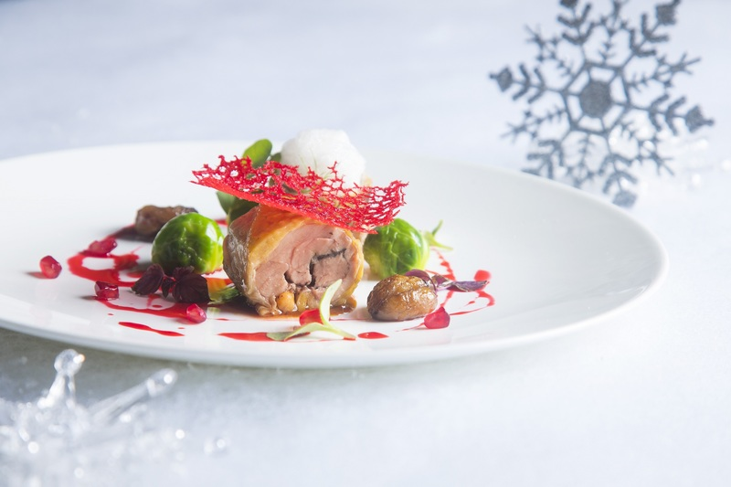 Cucina Marco Polo Hotel- 馬哥孛羅香港酒店 - OKiBook Hong Kong - Restaurant Booking - Slow-cooked Guinea Fowl Roulade with Chestnut, Brussels Sprouts and Pomegranate慢煮珍珠雞卷配栗子及椰菜伴紅石榴