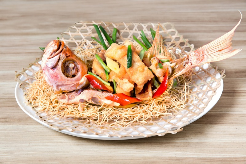 Centre Street Kitchen 中西∙環 - 港島太平洋酒店- OKiBook Hong Kong Restaurant Booking - Deep-fried Bigeye Fish - Chiu Chow Style.jpg