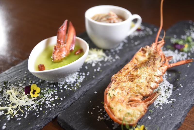 Lobster Trio 龍蝦三重奏_Harbour Restaurant - The Harbourview - 灣景廳 - 灣景國際 OKiBook Hong Kong Restaurant Booking 2