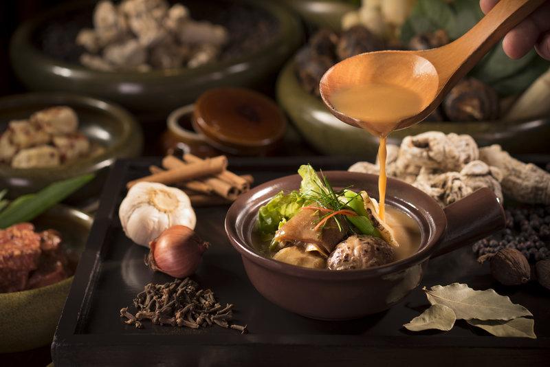Grand Cafe Grand Hyatt Hong Kong 咖啡廳 - 香港君悅酒店 OKiBook Restaurant Booking - soya-bean-paste-lamb-stew