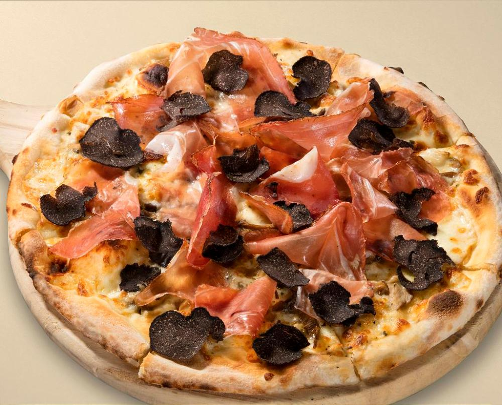 Osteria signature dish_White pizza, smoked ham, scamorza cheese, mushroom, black truffle_Mar 2016-W1024