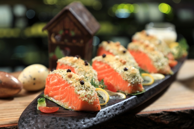 Yamm The Mira Hong Kong -Easter 復活節 - OKiBook Hong Kong Restaurant Buffet booking 自助餐預訂香港 Cacao Breadcrumbs Baked Salmon Fillet
