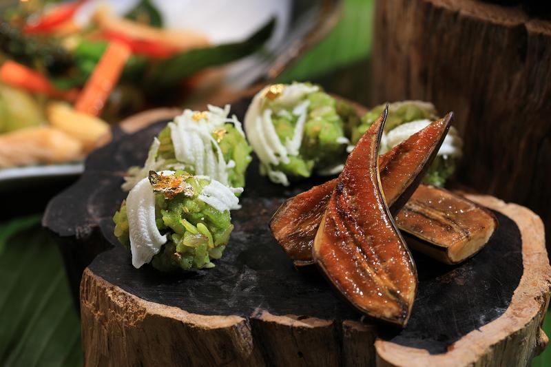 Yamm The Mira Hong Kong - OKiBook Hong Kong Restaurant Booking 自助餐預訂香 - Songkran Spread by Chef Danita_Khaao Mao Khlook Dessert