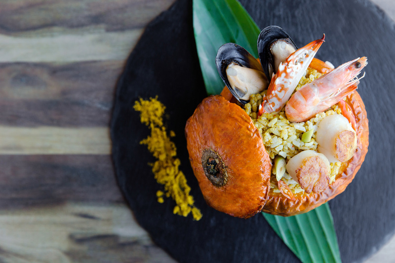 Centre Street Kitchen - Island Pacific - 中西∙環 - 港島太平洋酒店 OKiBook Hong Kong Restaurant Booking 自助餐預訂香 Curried Seafood Risotto in a Whole Pumpkin 燒原隻南瓜海鮮青咖哩意大利飯