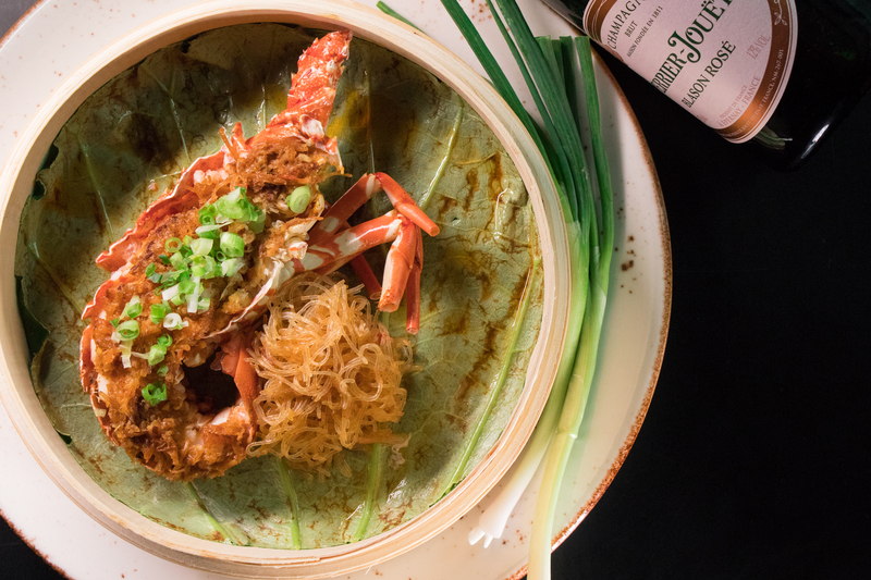 Above & Beyond Hotel ICON - 天外天中菜廳 - 唯港薈 OKiBook Hong Kong Restaurant Buffet Booking 自助餐預訂香- Champagne and Lobster 天外天」醉人香檳龍蝦配對- Steamed Lobster served with Vermicelli in XO Sauce 3