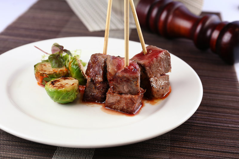 Harbour Restaurant The Harbourview 灣景廳 - 灣景國際 OKiBook Hong Kong Restaurant Booking 自助餐預訂香港 - a4_kobe_beef_skewer_with_brussels_sprout_&_harissa_coulis_特級a4神戶牛串配阿拉伯菠椒醬