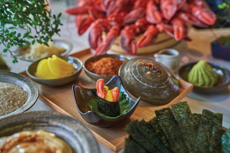 Grand Cafe Grand Hyatt Hong Kong 咖啡廳 - 香港君悅酒店 -OKiBook Hong Kong - Restaurants, Buffet, Booking, Reviews Deals, Discounts, Dining Promotions 香港,餐廳及預訂,自助餐, 評價,折扣,優惠, 餐飲促銷 - Lobster-Gunkan-Maki
