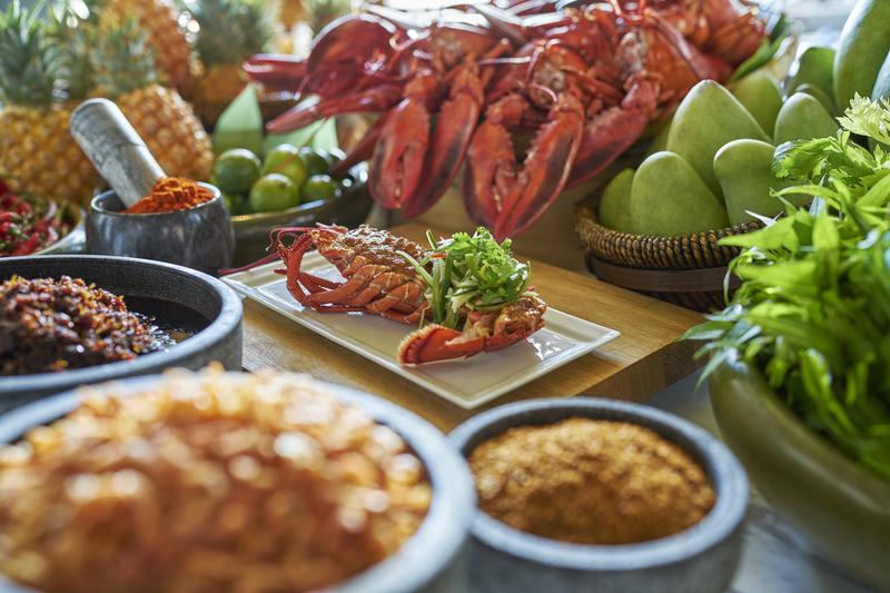 Grand Cafe Grand Hyatt Hong Kong 咖啡廳 - 香港君悅酒店 -OKiBook Hong Kong - Restaurants, Buffet, Booking, Reviews Deals, Discounts, Dining Promotions 香港,餐廳及預訂,自助餐, 評價,折扣,優惠, 餐飲促銷 - Grilled Laksa Lobster