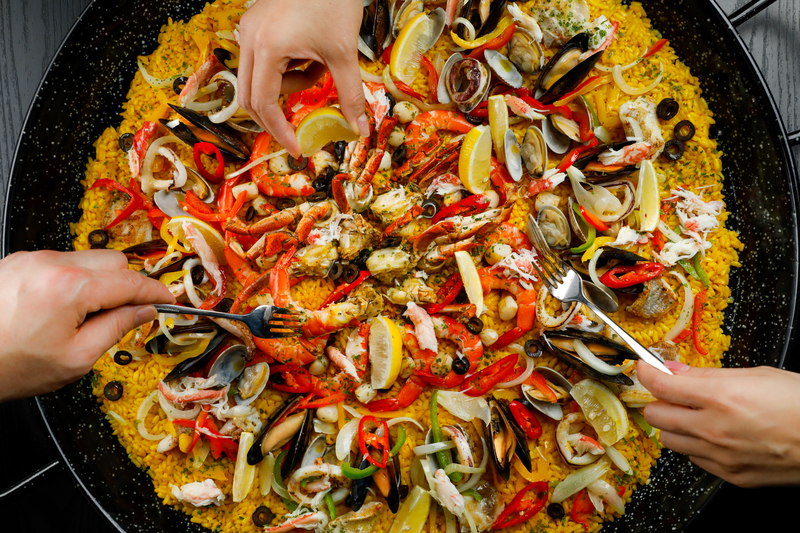 LIS Cafe L'hotel Island South 如心南灣海景酒店 - OKiBook Hong Kong Restaurant Buffet booking 自助餐預訂香港 - Sichaun Buffet 火熱「川」味自助晚餐 - Jumbo Seafood Paella - 巨型西班牙海鮮燴飯