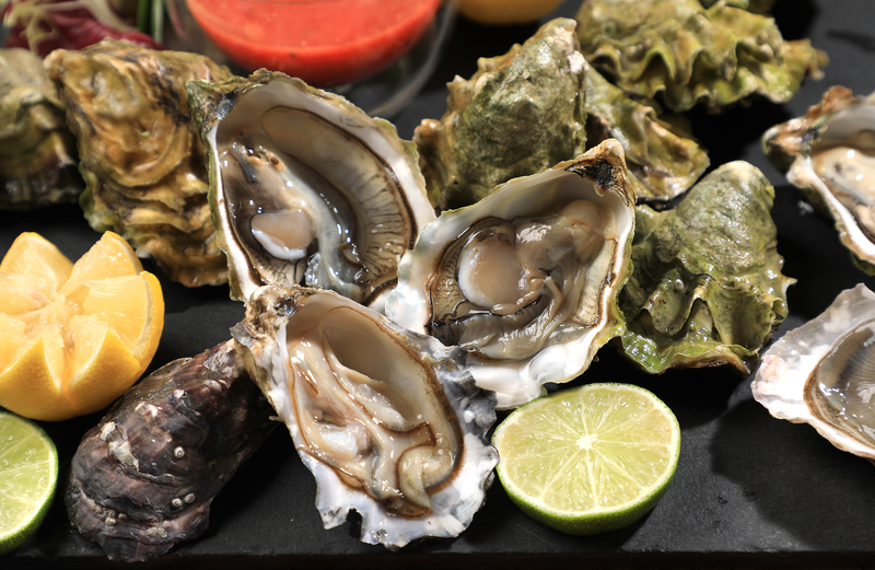 Yamm The Mira Hong Kong - OKiBook Hong Kong Restaurant Buffet booking 自助餐預訂香港 - Oyster Buffet_3 types of freshly shucked oysters
