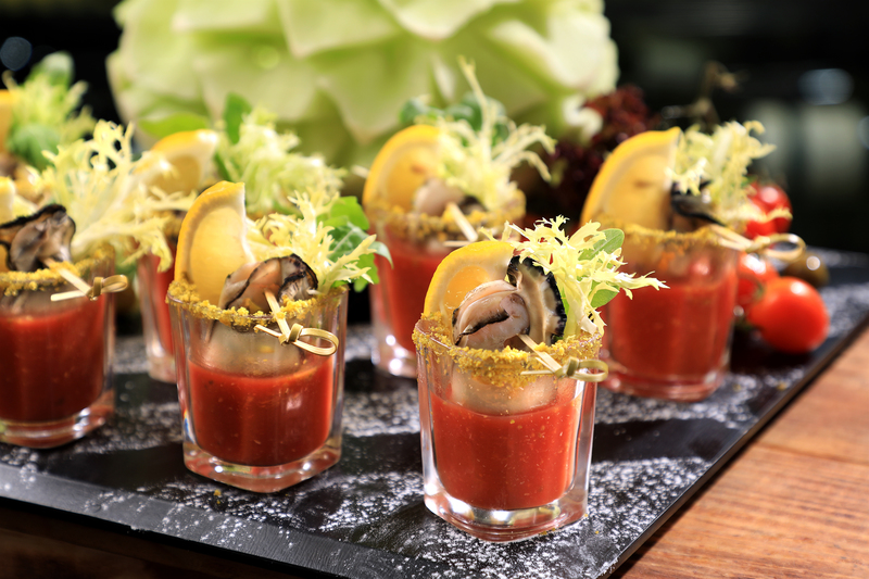 Yamm The Mira Hong Kong - OKiBook Hong Kong Restaurant Buffet booking 自助餐預訂香港 - Oyster Buffet_Oyster Gazpacho Shooters