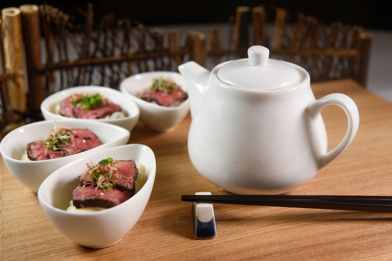 Harbour Restaurant The Harbourview 灣景廳 - 灣景國際 OKiBook Hong Kong Restaurant Booking 自助餐預訂香港 - Wagyu Beef Tataki with Cold Inaniwa Udon