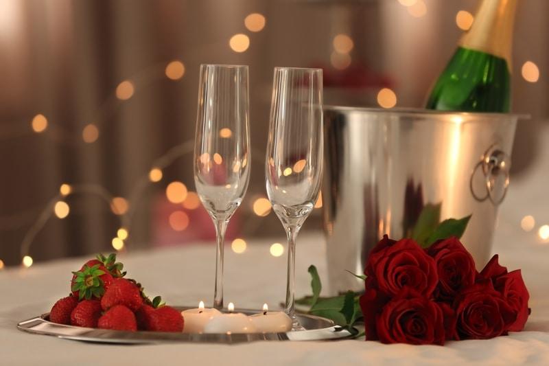 Cafe Circles - L'hotel Nina et Convention Centre 香港如心海景酒店暨會議中心- OKiBook Hong Kong Restaurant Buffet booking 自助餐預訂香港 Valentine's Day