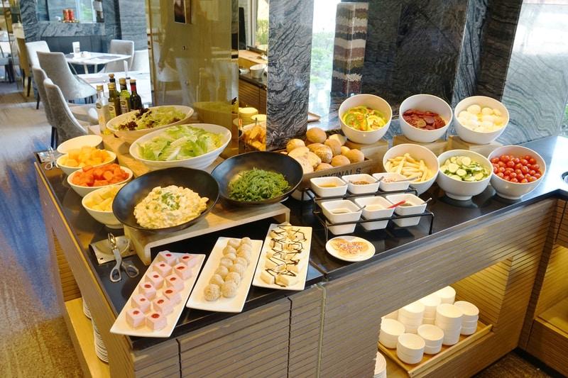 Dorsett Cafe - Dorsett Tsuen Wan 香港荃灣帝盛酒店 OKiBook OKiBook - Book Hong Kong best hotel buffets and restaurants 預訂香港最好的酒店自助餐和餐廳 - 3