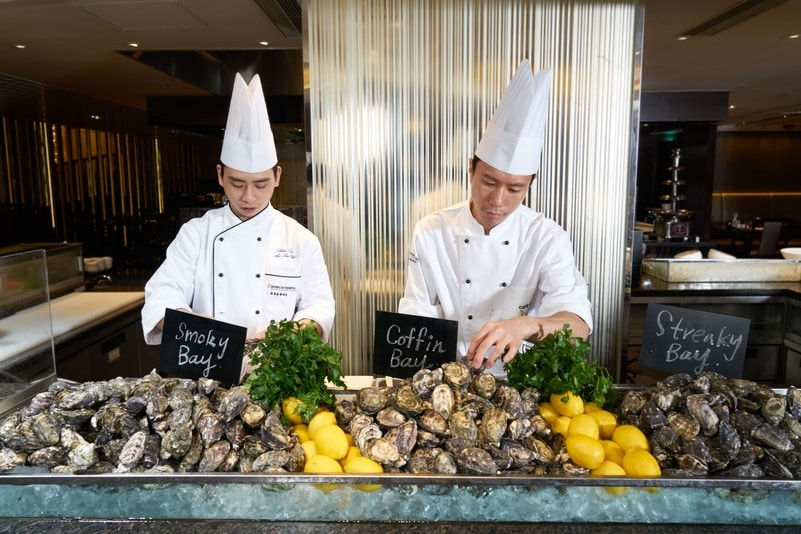 Café On M - InterContinental Grand Stanford_OKiBook Hong Kong and Macau Restaurant Buffet booking 餐廳和自助餐預訂_香港和澳門蟹之盛宴 / Crab Galore Dinner Buffet