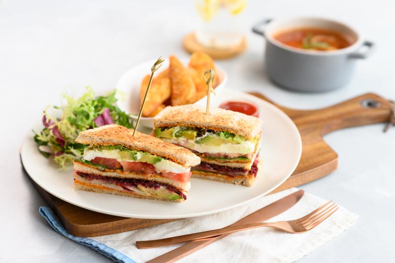 Centre Street Bar - Island Pacific Hotel - 港島太平洋酒店 - OKiBook Hong Kong and Macau Restaurant Buffet booking 餐廳和自助餐預訂香港和澳門 - 田園蔬菜三文治 Veggie Sandwiches HK$68