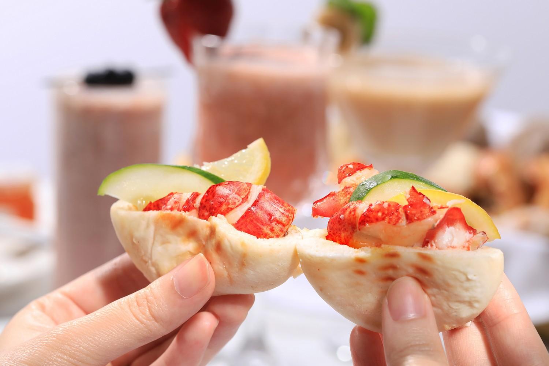 Yamm - The Mira Hong Kong - OKiBook Hong Kong and Macau Restaurant Buffet booking 餐廳和自助餐預訂香港和澳門 - Summer Sunday Brunch 2019 - Lobster Mini Buns