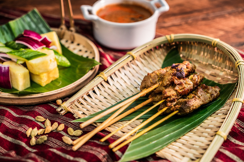 The Market Hotel ICON 唯港薈 - OKiBook Hong Kong and Macau Restaurant Buffet booking 餐廳和自助餐預訂香港和澳門 - Otak-otak Chicken and Lamb Satay