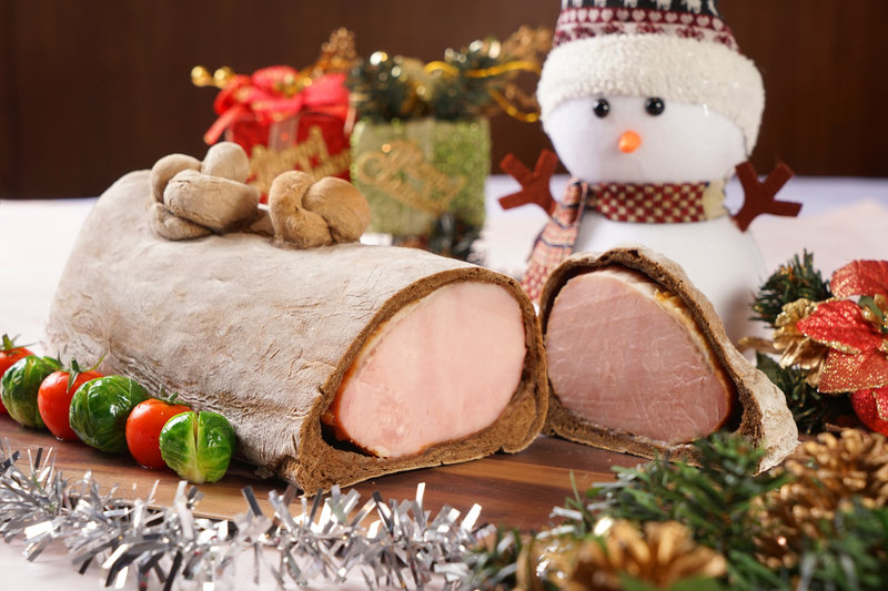 rsz_1dsc03953_roasted_smoked_pork_loin_wrapped_in_dark_rye_bread_黑麥包烤焗煙豬柳_h