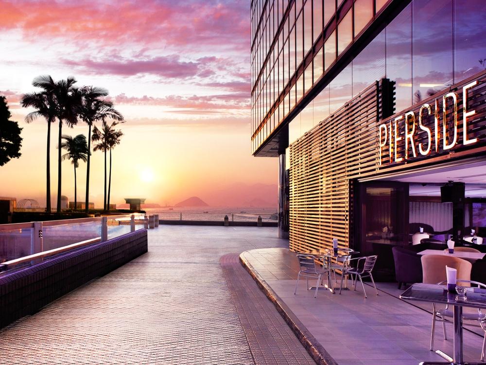 堤岸酒吧及餐廳